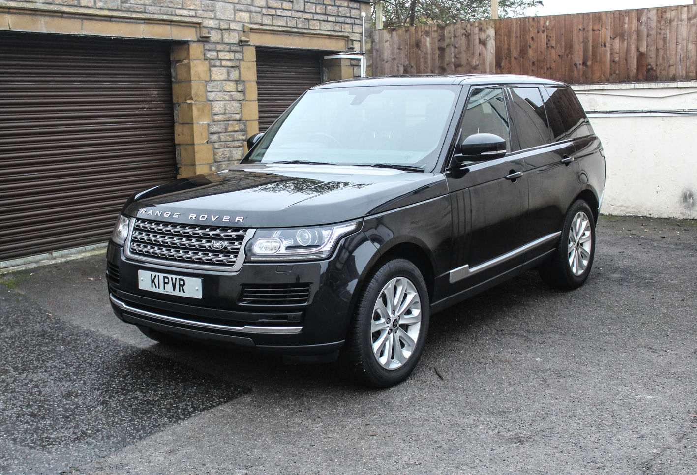 sold 2013 range rover vogue cars of somerset. Black Bedroom Furniture Sets. Home Design Ideas