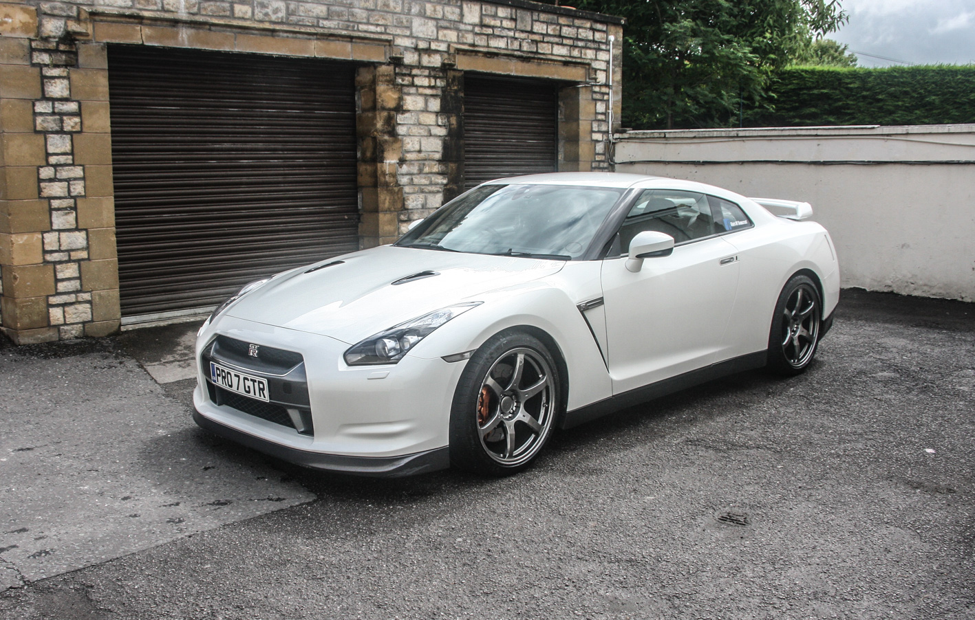 sold 2010 nissan gtr r35 cars of somerset. Black Bedroom Furniture Sets. Home Design Ideas