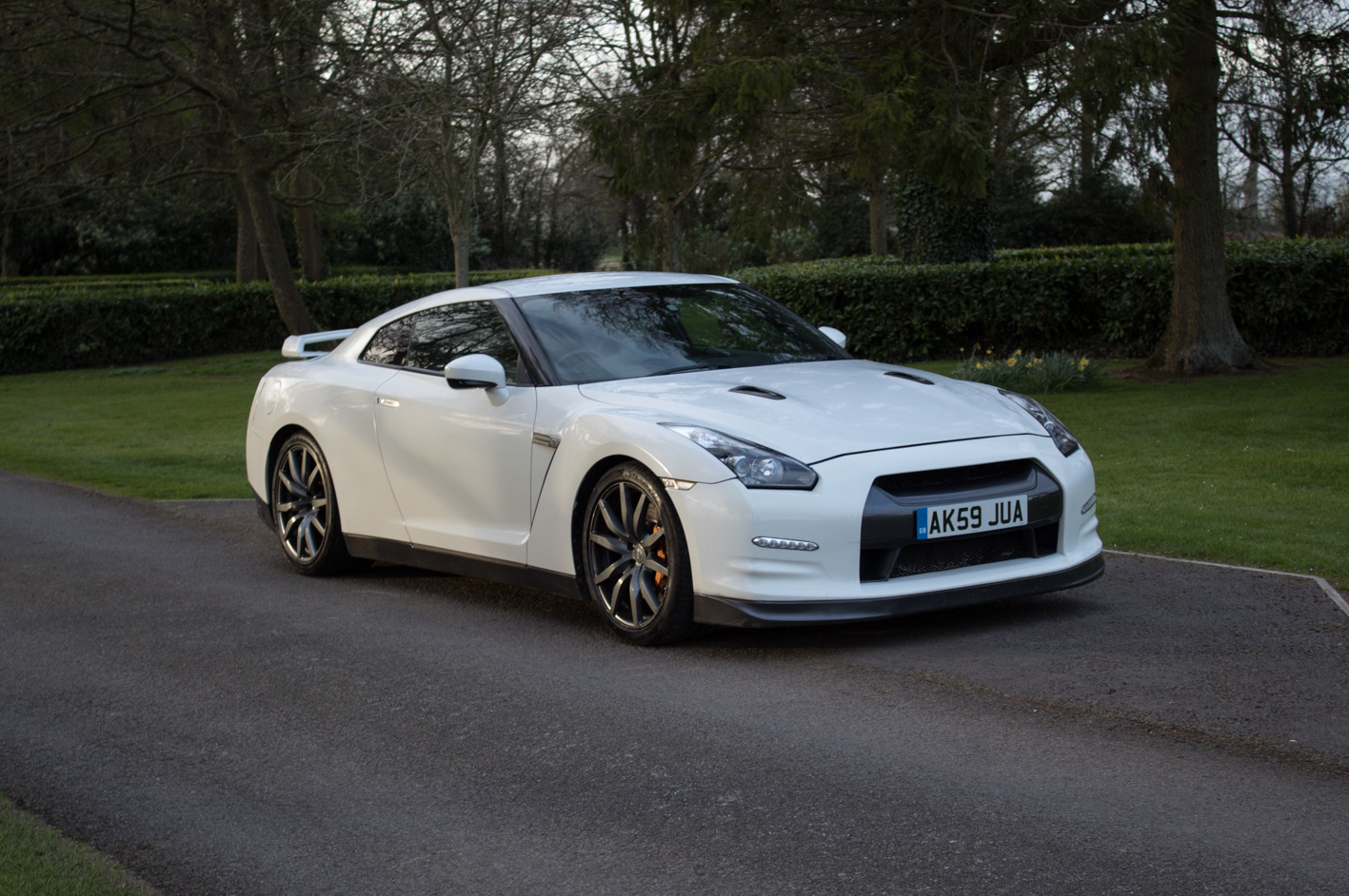 sold 2009 nissan gtr r35 cars of somerset. Black Bedroom Furniture Sets. Home Design Ideas