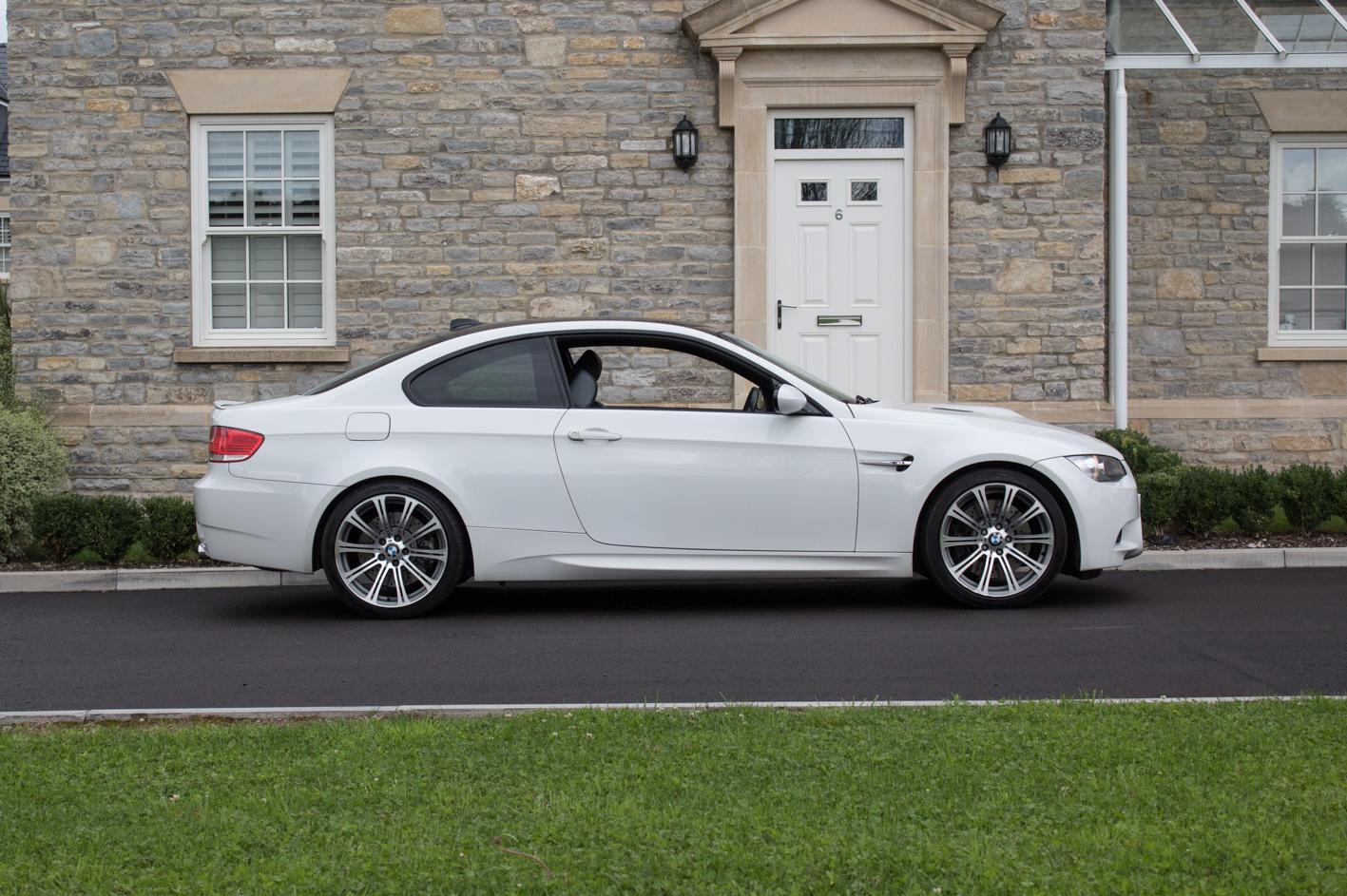sold 2007 bmw m3 white e92 v8 cars of somerset. Black Bedroom Furniture Sets. Home Design Ideas