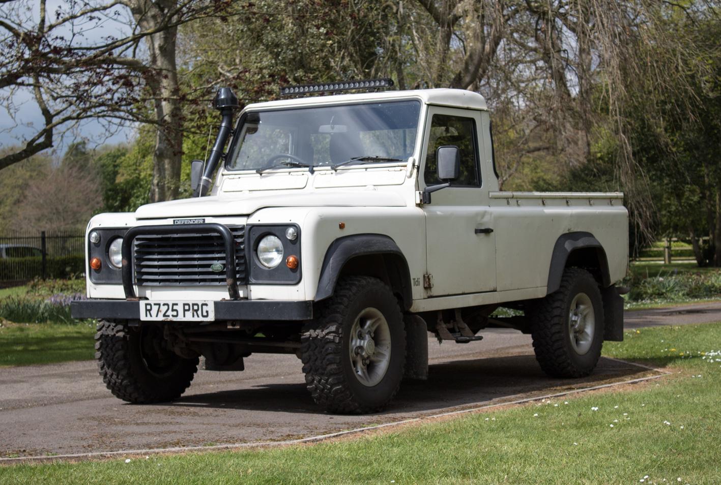 sold 1998 land rover defender 300 tdi cars of somerset. Black Bedroom Furniture Sets. Home Design Ideas